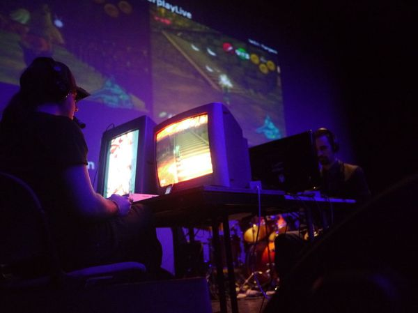 Speedrun of Ocarina of Time at Mang'Azur 2013. Photo courtesy of Yves Tennevin.
